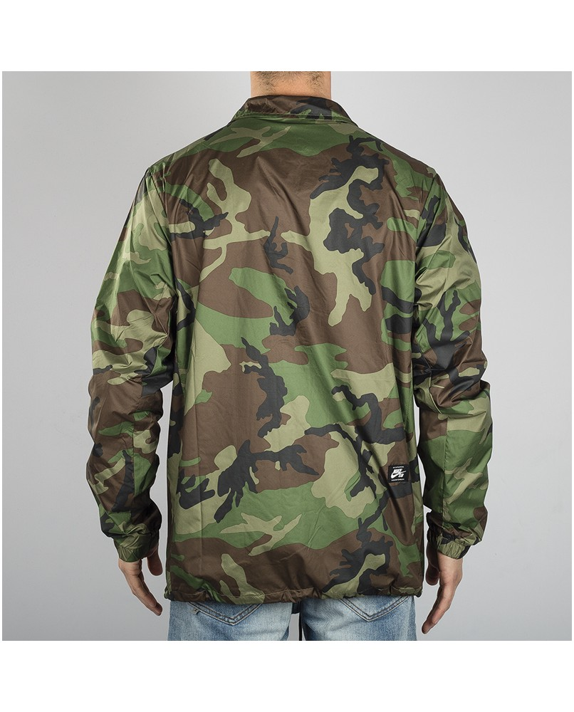 17df9867fd451 streetwear jackets Nike Shield coach jacket camo
