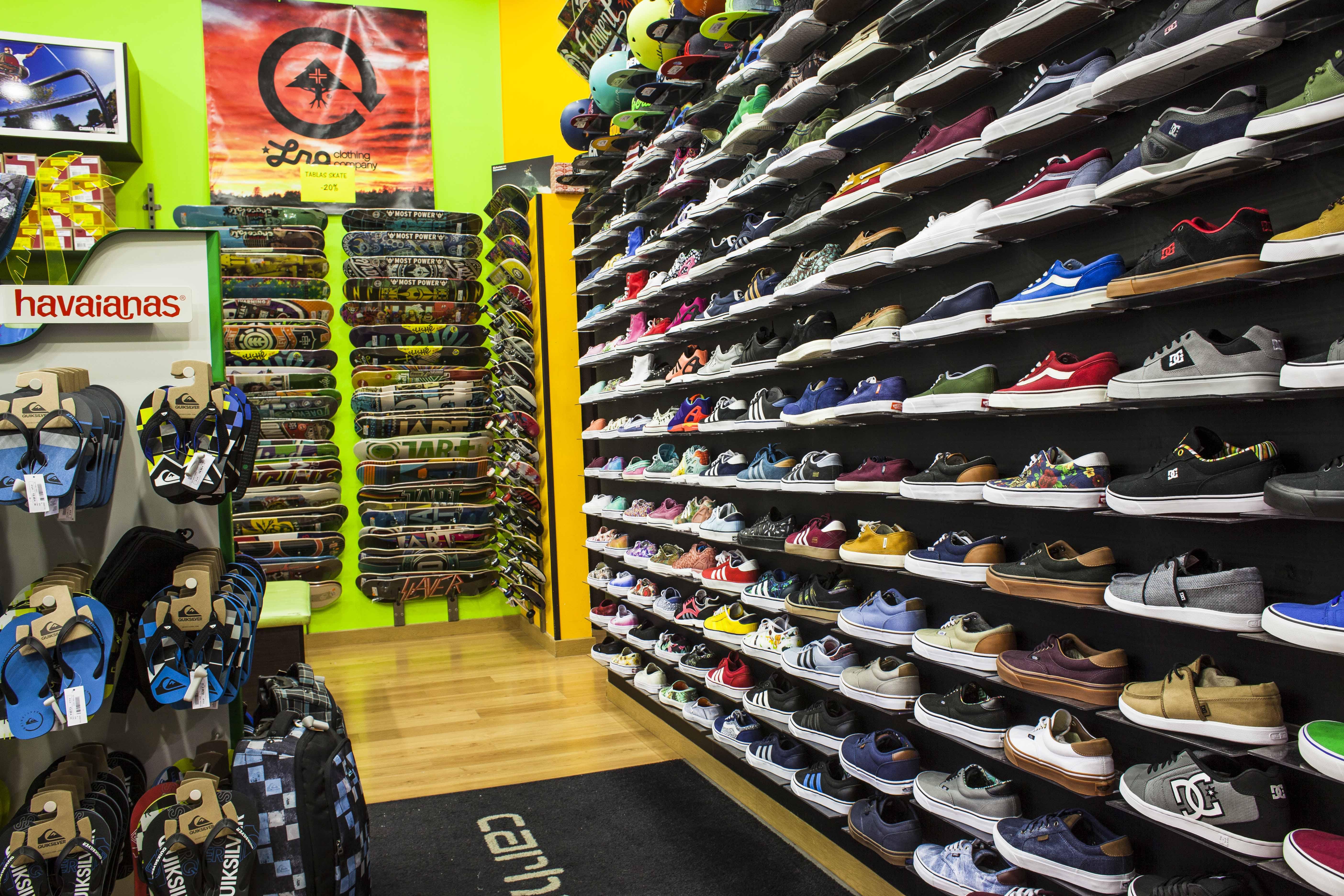 caricia crema adoptar  DACKS COMPANY - Dacks Surf & Skate Company