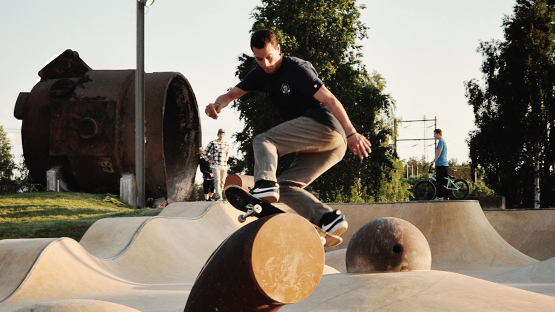 Sneakers adictos Dacks Surf & Skate Company