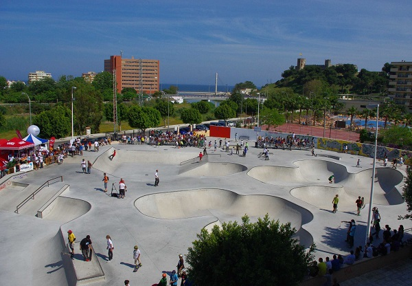 Fuengirola-Skate-Plaza-mejor-skatepark-malaga