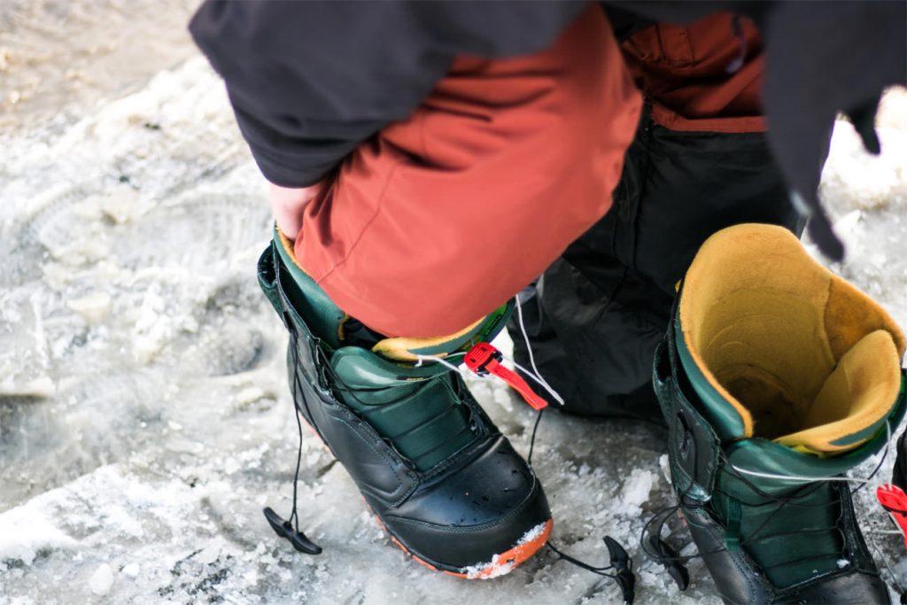 elegir botas de snowboard