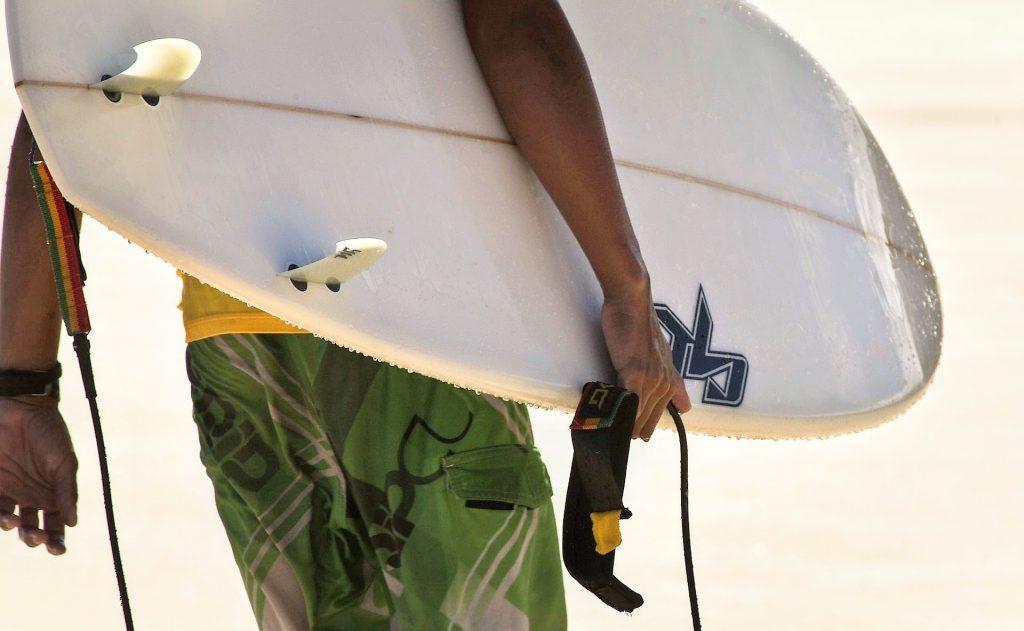 colocar invento tabla de surf