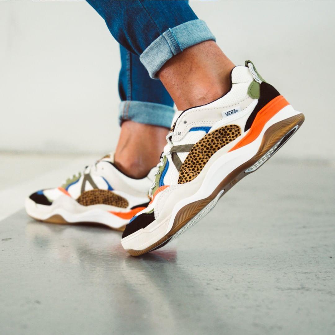 Chunky Sneakers: la moda de las zapatillas retro no pisa el freno