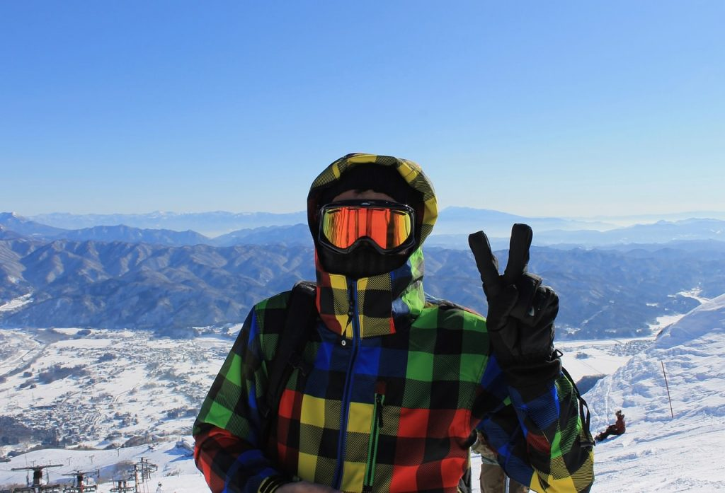 como elegir guantes de snowboard